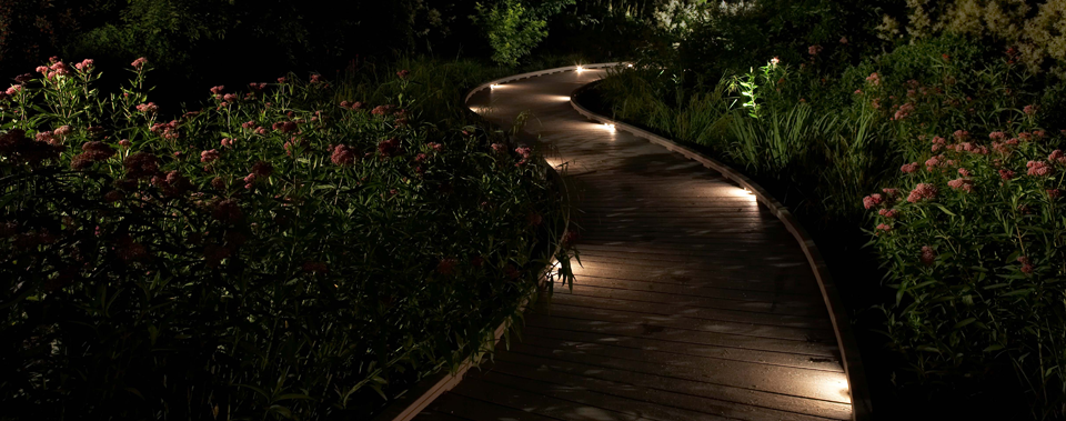 Outdoor lighting agc lawn landscape llc for Luminaire outdoor